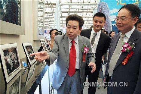 2013年中国国际铝工业展花絮014