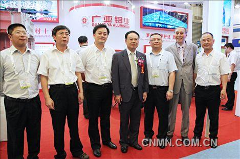2013年中国国际铝工业展花絮017