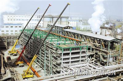 六冶承担的中铝中州溶出闪蒸器改造项目进入安装阶段