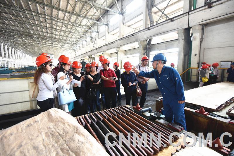 中亚三国记者团为江铜点赞