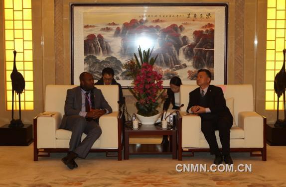赞比亚省长代表团到访中国有色集团