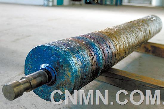 大江钒钛国产化EB炉钛圆锭成功生产
