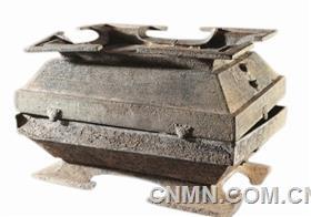 簋在古代是盛放饭食的青铜器具