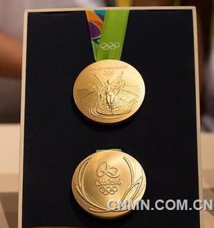 里约重量级金牌与中国金镶玉金牌之间隔着一个林丹