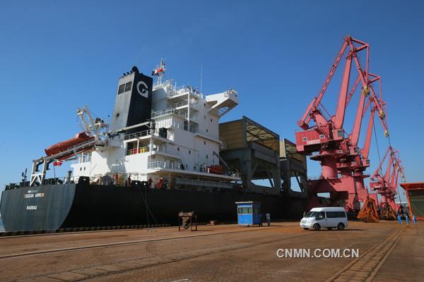 宏跃北铜进口矿运输有新招