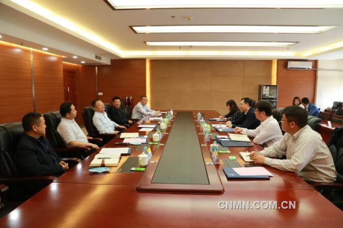 葛红林会见矿冶集团董事长韩龙