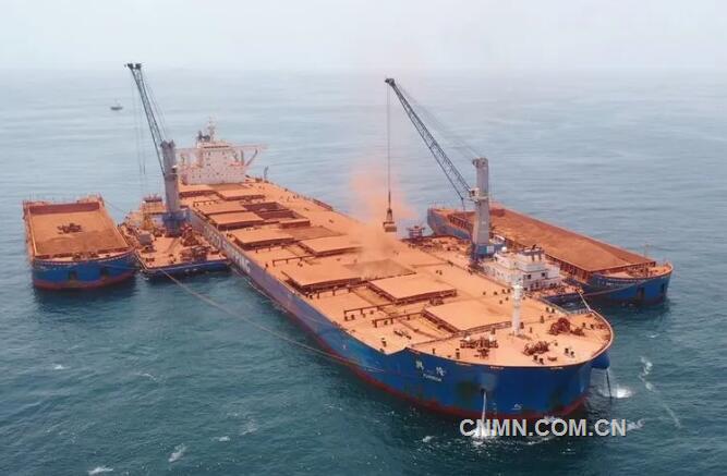 国电投几内亚项目首船铝土矿启程发运回国