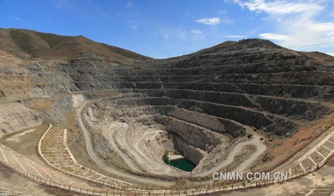 可可托海国家矿山公园:上半年游客接待量同比增长3倍
