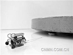 火柴盒机器人拖动2000倍重物