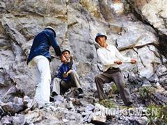 传统采矿法:软锤号歌