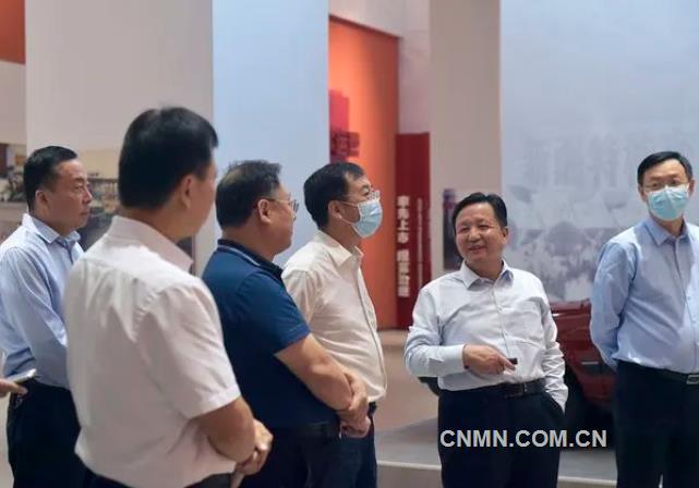 有研集团党委书记、董事长赵晓晨赴特变电工访问交流